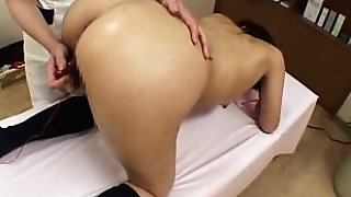 Enchanting Asian girl with a fabulous ass is made to reach