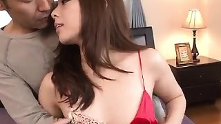 Maki Mizusawa makes magic with her warm vagina