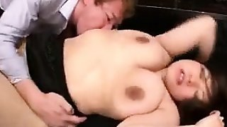 Curvaceous Oriental lady gets her juicy holes eaten out by