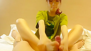 chinese college girl foot fetish2