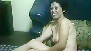 Mature asian couple makes a sextape on a matress on the floor