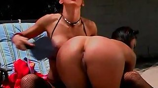 Outdoor lesdom with sexy spanking