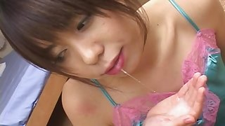 Japanese Maho Sawai is getting sperm in her mouth